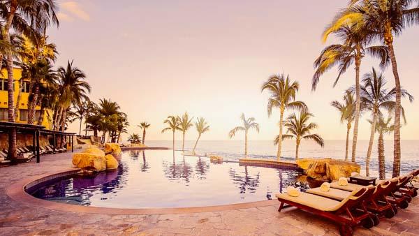Cabo vs Cancun