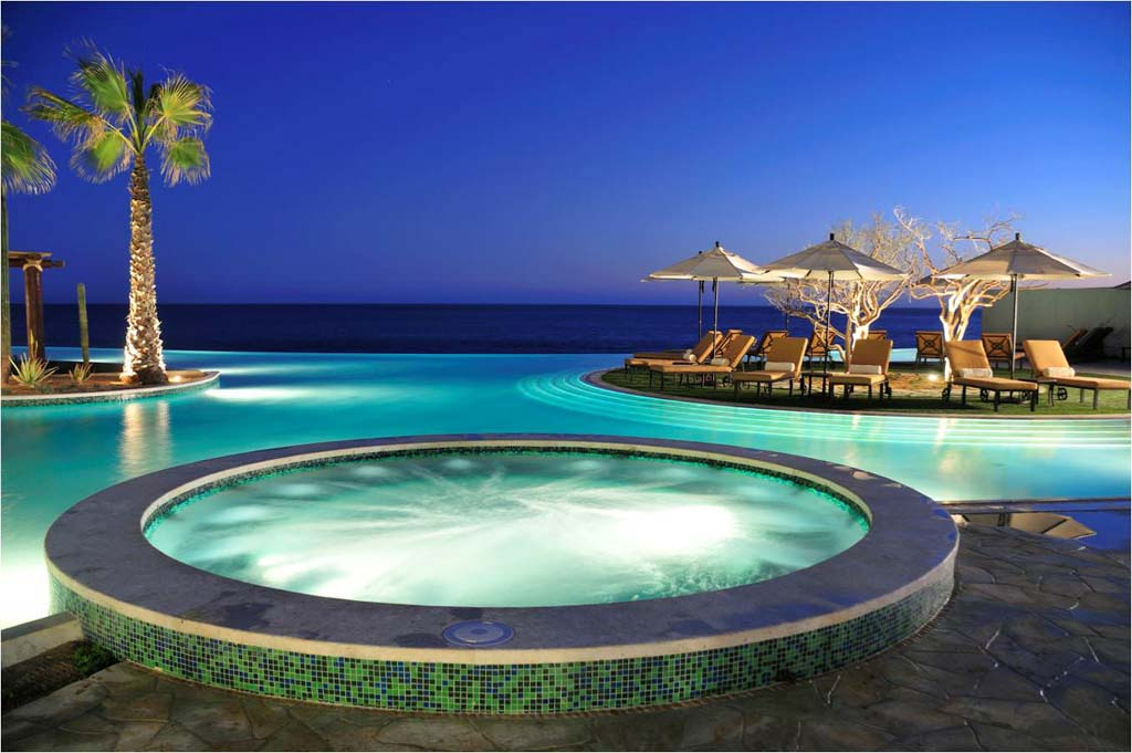 Grand Solmar Land's End Resort & Spa   Jacuzzi Las Olas