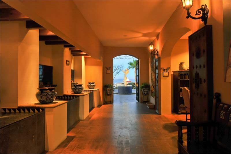 Hacienda Encantada Resort & Spa   Lobby